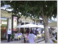 Liscob Nicola Cafe.